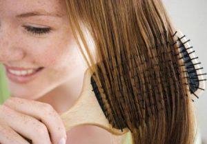 como alisar cabelo com maisena e leite